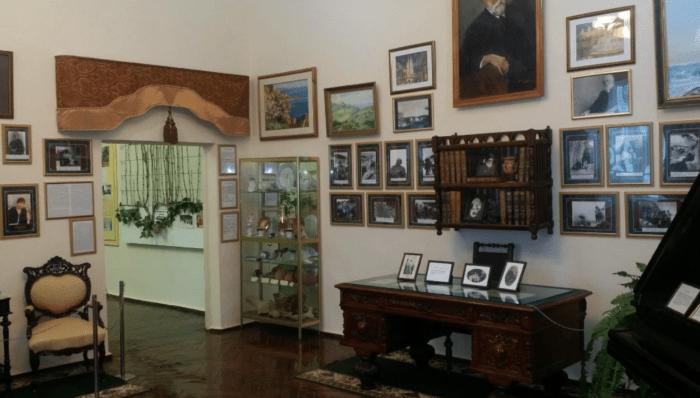 Основные достопримечательности Нового Света (Крым)