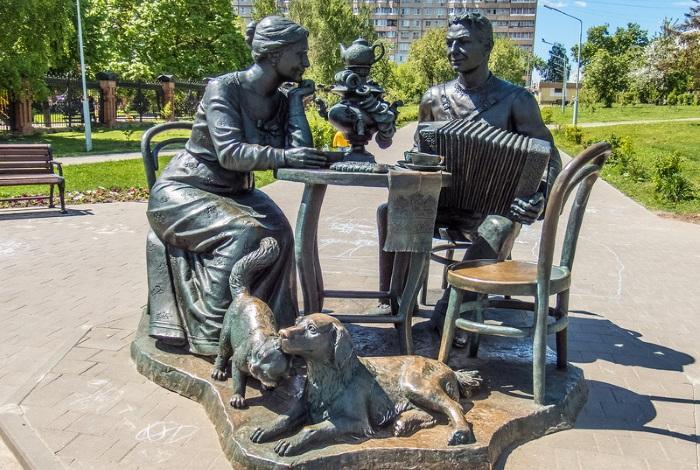 Скульптура «Тульское чаепитие»