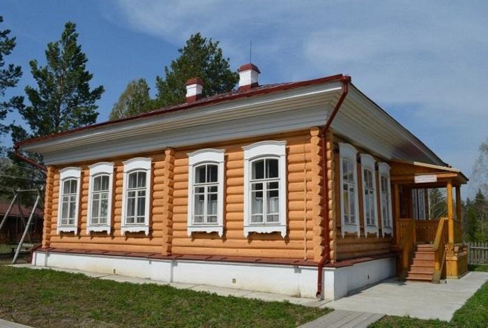 Усадьба Лампсакова