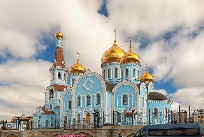 Кафедральный казанский собор