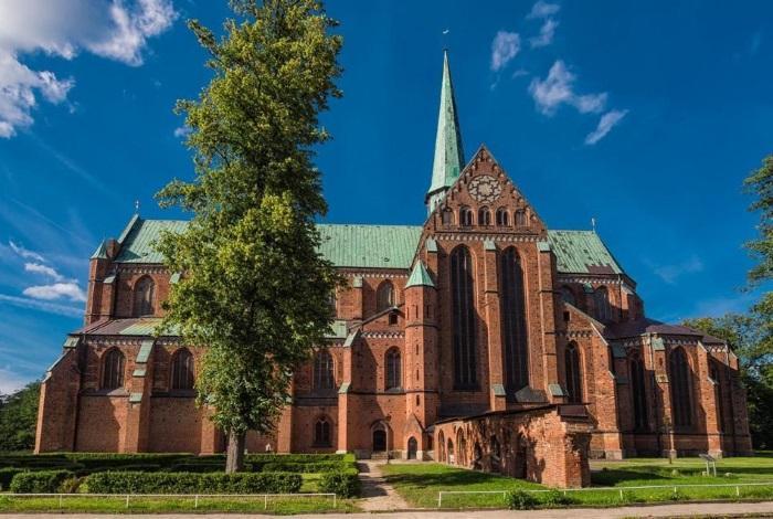 Доберанская монастырская церковь