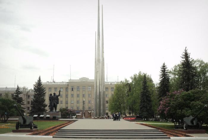Мемориальный комплекс «Три штыка»