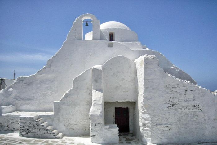 Церковь Панагия Парапортиани