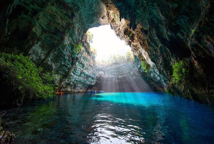 Пещера Мелиссану
