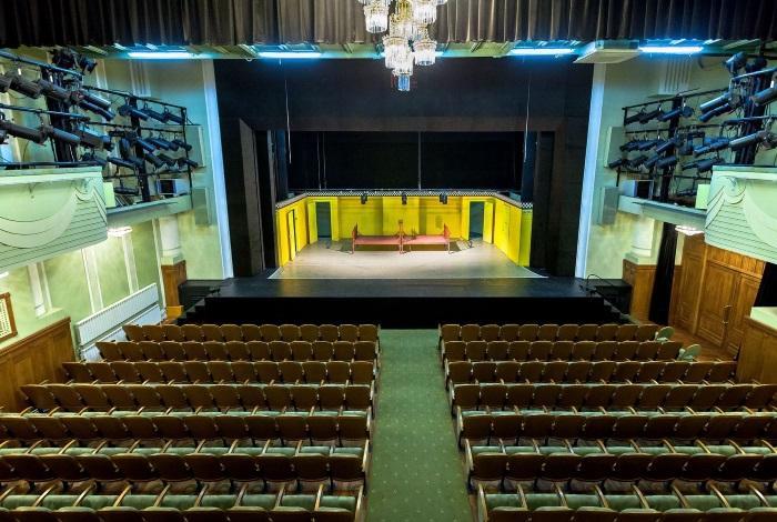 Театр Комедии им. Н.П. Акимова Санкт-Петербург
