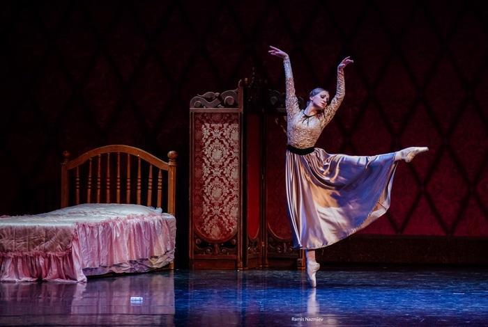 Солистка балетной труппы Кристина Андреева