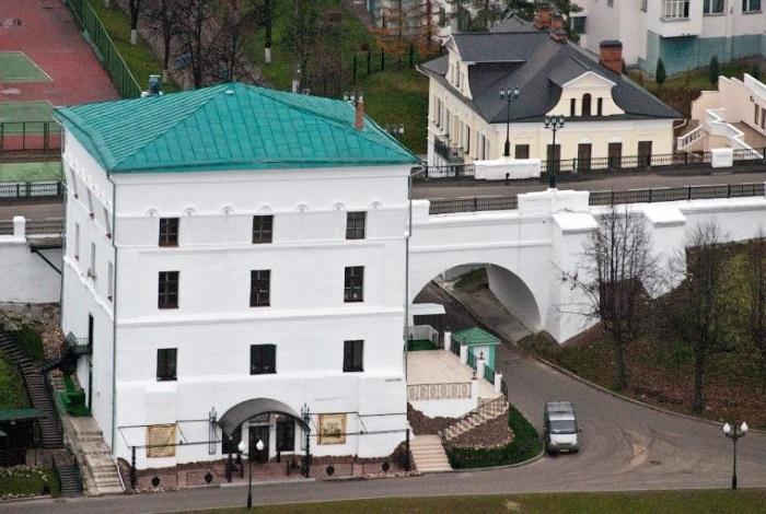 Волжская башня в Ярославле