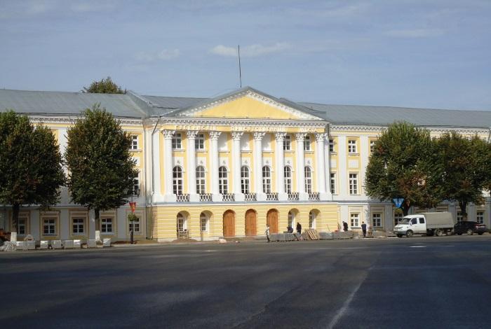 Здание присутственных мест на Советской площади