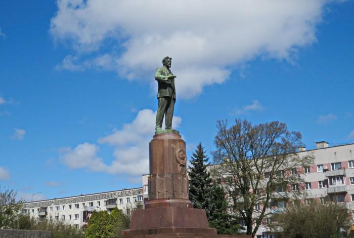 Памятник Михаилу Калинину