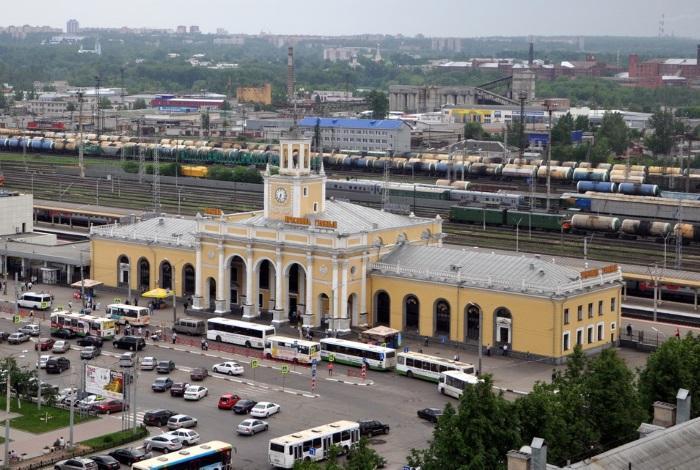 Здание вокзала Ярославль-Главный