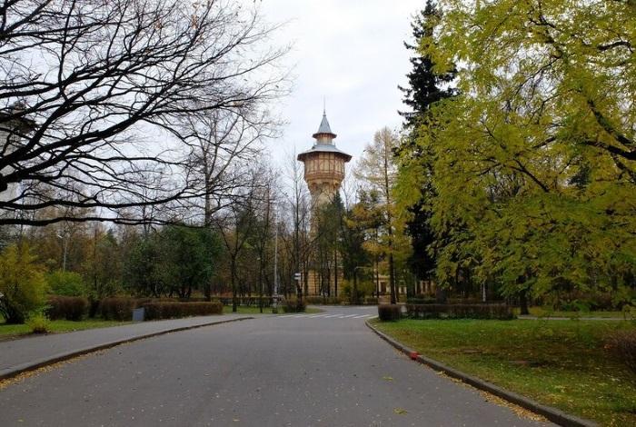 Парк Политехнического университета Санкт-Петербург