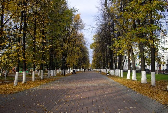 Первомайский бульвар