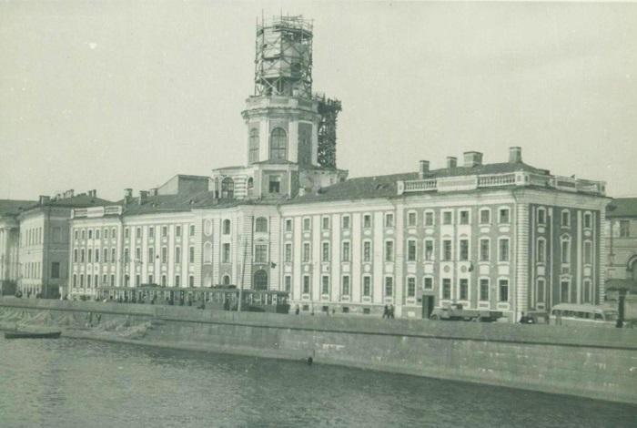 Башня здания