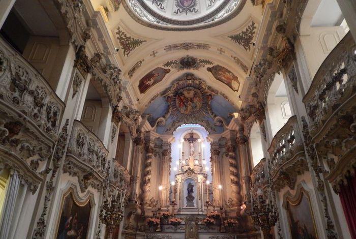 Церковь Заступницы торговцев Лапы