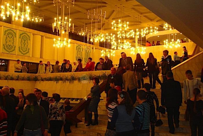 Театр Галиаскара Камала