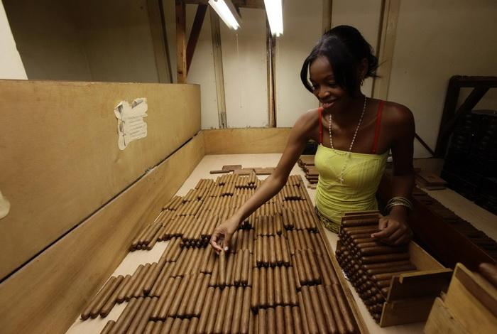 Табачная фабрика в Гаване