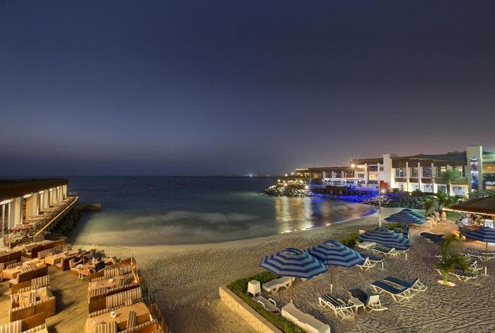 Dubai Marina Beach Resort