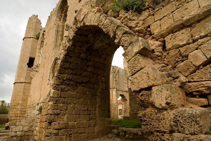 Фамагуста венецианская стена
