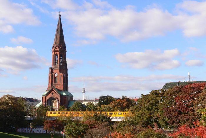Церковь Эммаускирхе