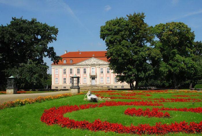 Дворец Фридрихсфельде