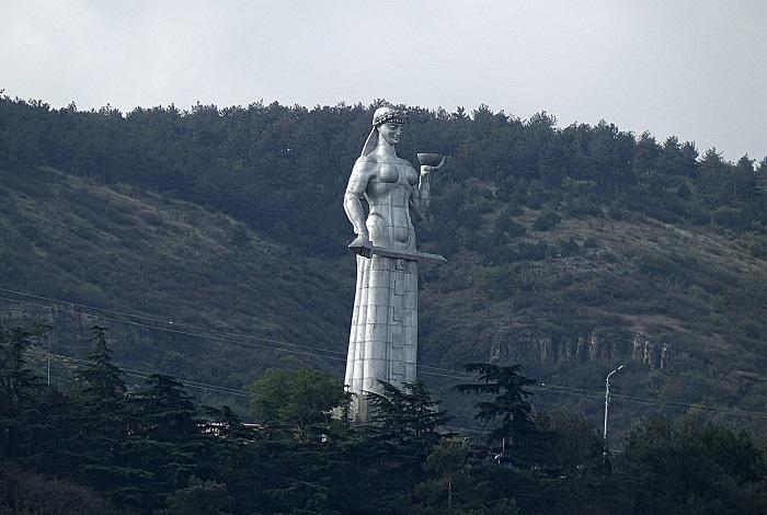 Статуя Мать Картли