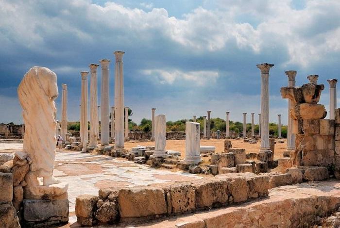 Саламин древний город