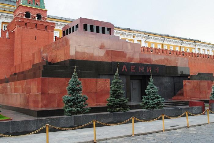 Мавзолей им. В.И. Ленина