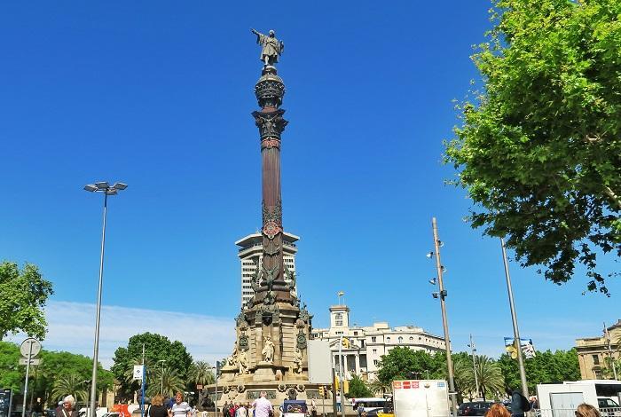 Монумент Христофору Колумб