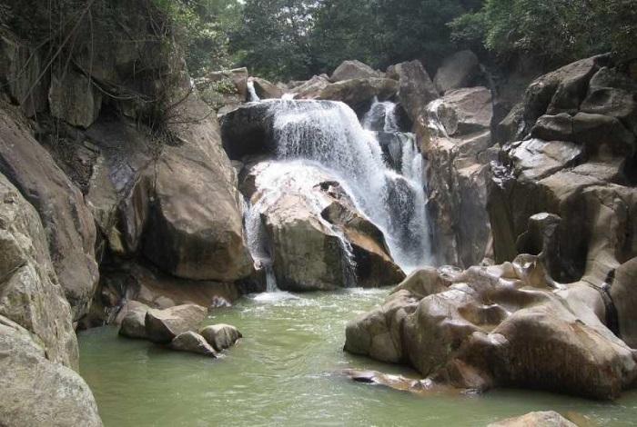 Водопад Бахо