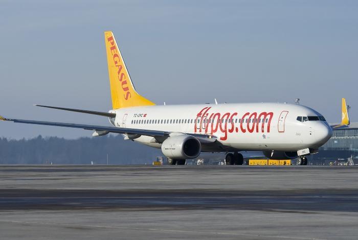 Pegasus (boeing 737-800)