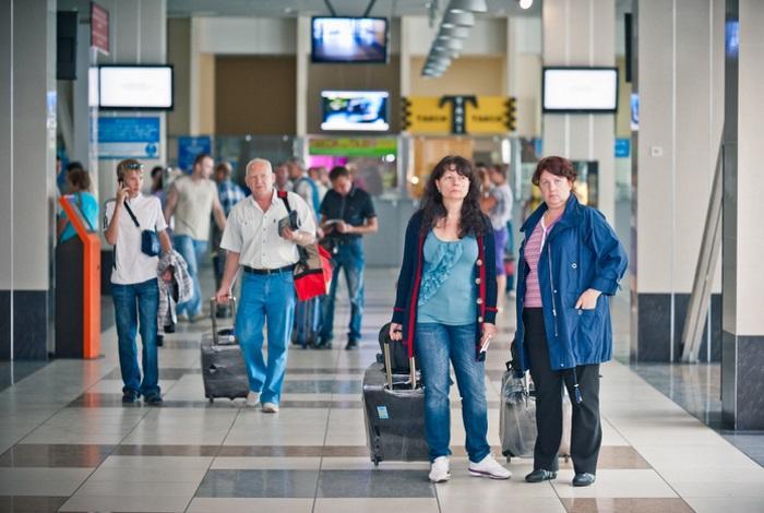 Аэропорт Толмачево внутри